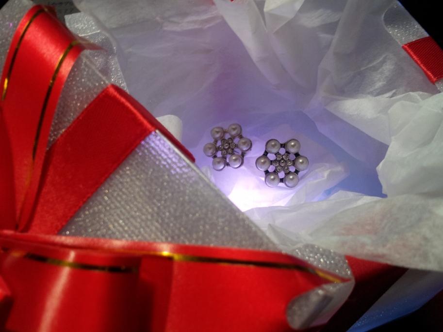earrings_in_led_gift_box1